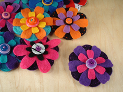 Flower-brooch-pin-2