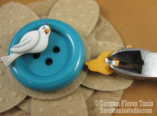 Button Topped Favor Box by Carmen Flores Tanis