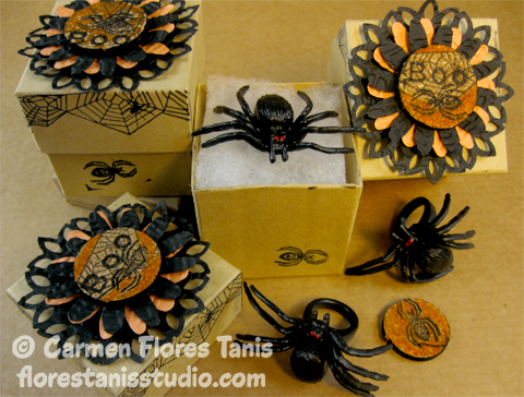 Halloween-Spider-Ring-Favors-by-Carmen-Flores-Tanis