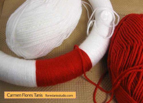 Seuss-Wreath-by-Carmen-Flores-Tanis-Step-2