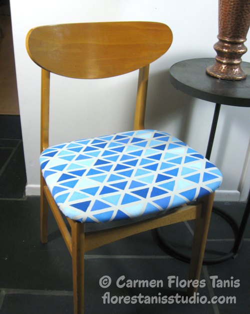 Stencil1-Chair-Redo-by-Carmen-Flores-Tanis-1-500